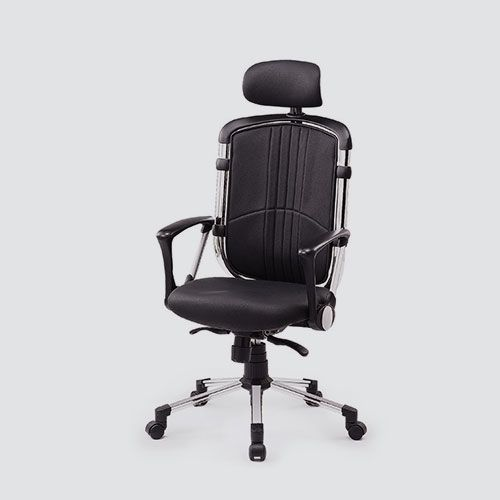 A good ergonomic office chair reduces chronic back, hip and leg strain