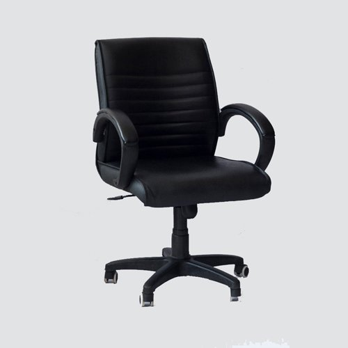 This office chair have excellent breathable leather design, maintain the air flowing naturally in the executive chair seat area keep the sweat and back were not overheating.